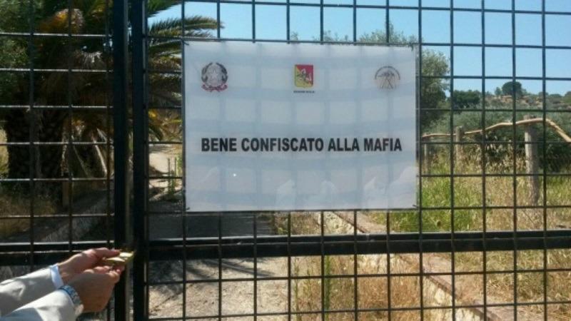 """Il """"Sistema dei Beni Confiscati"""": la relazione della Commissione Antimafia Regionale"""
