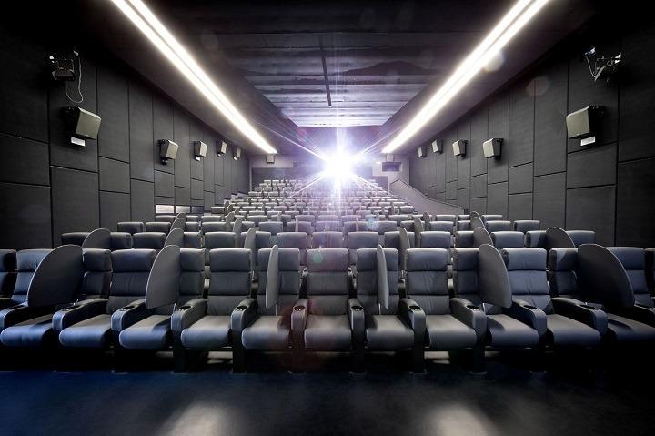 """Nello Correale : """"Il cinema ha un futuro. Ma lo hanno pure le sale cinematografiche?"""""""
